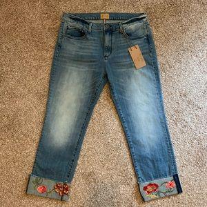 NWT DRIFTWOOD Jackie Crop Embroidered Boho Jeans